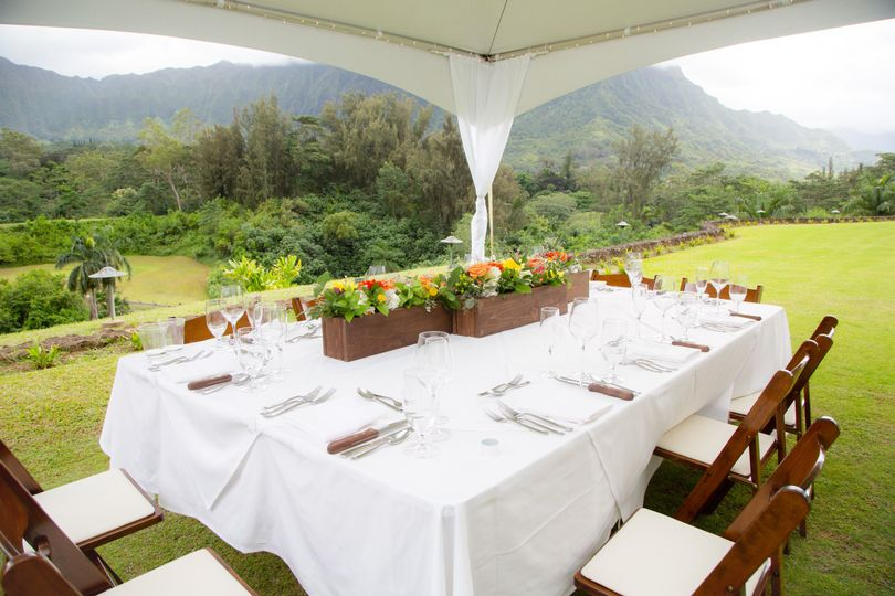 Host an outdoor reception to enjoy the magnificent views
