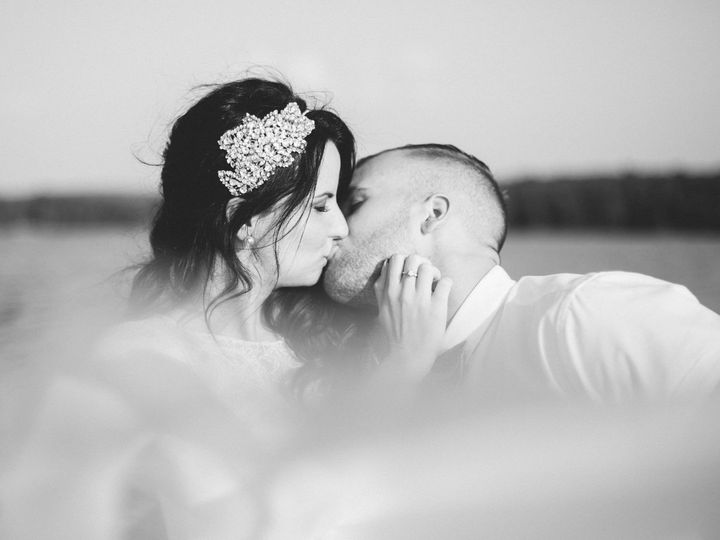 Tmx 1507734085 F7c0f3fc1934f1ac Lakeside Northern Ontario Canada Wedding   Wann 88 Kansas City, MO wedding photography