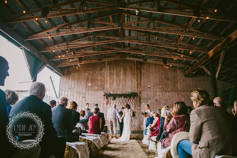 Muller Wedding @ Crow Vineyard & Winery // Photo: Lydia Joy Photography -...