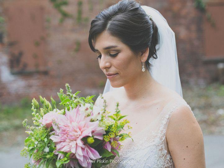 Tmx 1531337613 3c5591402efd2846 1531337611 8ba1d4388dc046b6 1531337603073 3 08.16.15 258 Beacon wedding beauty
