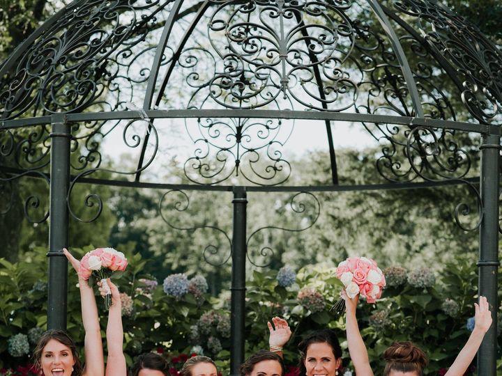 Tmx 1531337615 836ef8ef8a2c2a27 1531337613 E0cbbfa6e41f8ca5 1531337603082 10 TheRamsdens 4390 Beacon wedding beauty