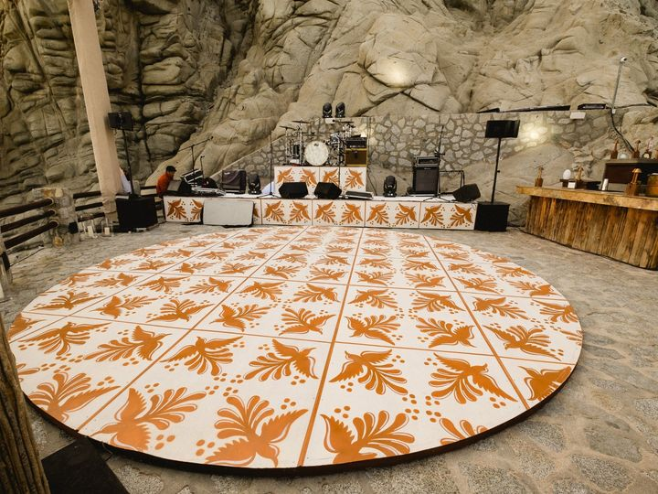Tmx 02b Dance Floor 51 1013116 158688786039269 Cabo San Lucas, MX wedding planner