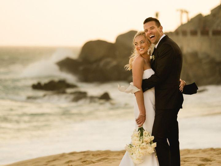 Tmx 20 Couple Photoshoot B 51 1013116 158688851899103 Cabo San Lucas, MX wedding planner