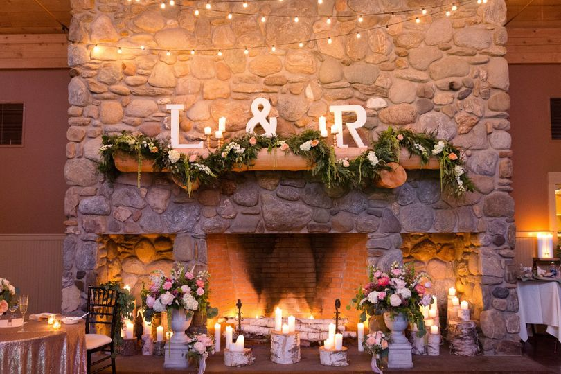 Reception letters and decor