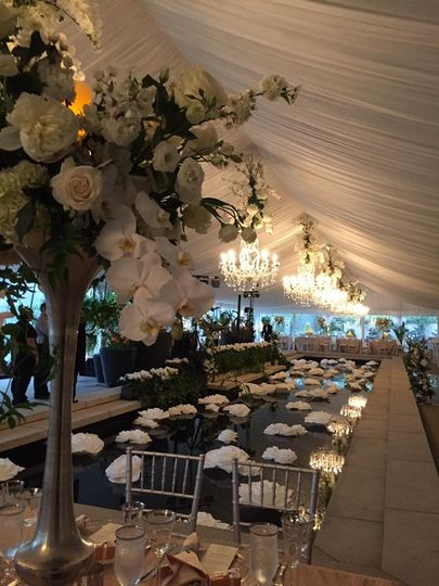 Tent wedding decor