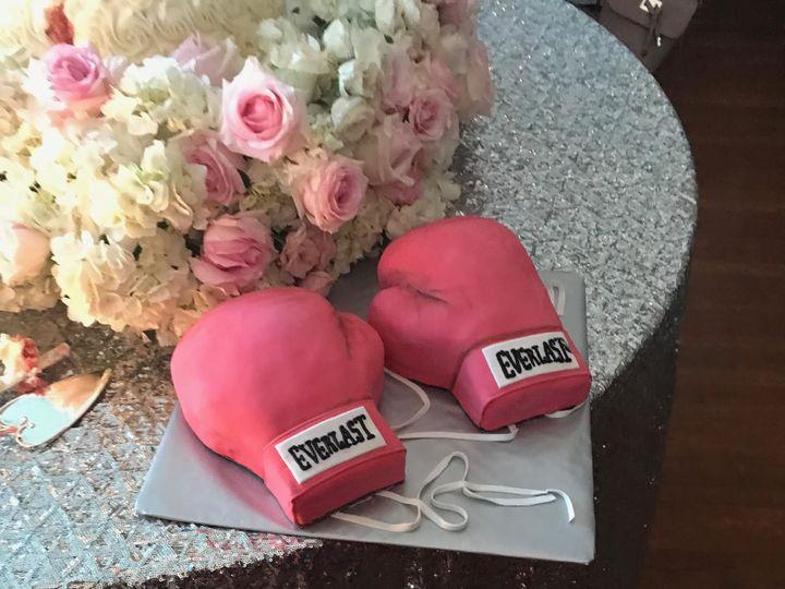 Tmx 1533854047 A121623216487845 1533854045 D7ea0fdf41a95a51 1533854043013 2 Unnamed McKinney, Texas wedding cake