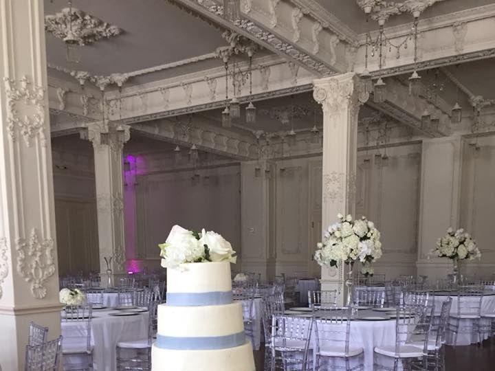 Tmx 1533854056 46db57e5929f07fb 1533854055 Bb9893bfdd608dc3 1533854053815 4 35479369 214140438 McKinney, Texas wedding cake