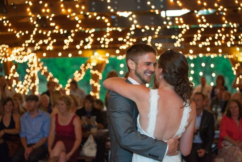 500956dd0412b75e 1426371126186 jones wedding dance