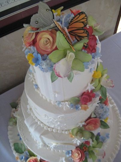 Encore Baking Company Wedding Cake Saint Louis MO WeddingWire