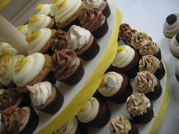 Tmx 1302619810213 IMG5050 Tustin wedding cake