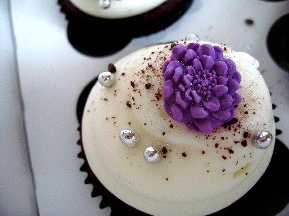 Tmx 1311570164523 IMG6028thumb Tustin wedding cake