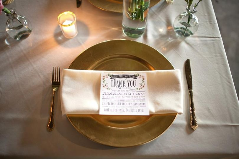 Gold plates with napkins