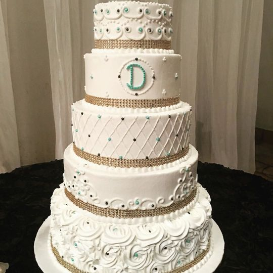 Traditional wedding cake with a touch of color