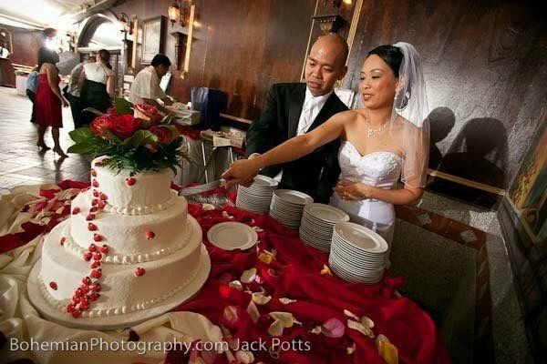 Tmx 1516736373 5045736c05392fee 1516736372 583b96fdac7aaf1a 1516736379091 37 IMG 1348 Katy, TX wedding cake