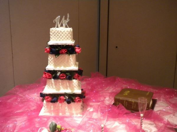 Tmx 1516754986 0e52ec60d85d9935 1516754985 1825c4e7e9589e0e 1516754986028 8 Wedding Cake2 Katy, TX wedding cake