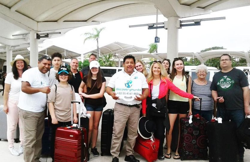 Airport Transportation to a Group going to Cancun