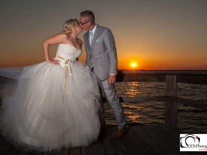 Tmx Sunset Couple 2 51 640316 161167598371351 Dunedin, FL wedding venue