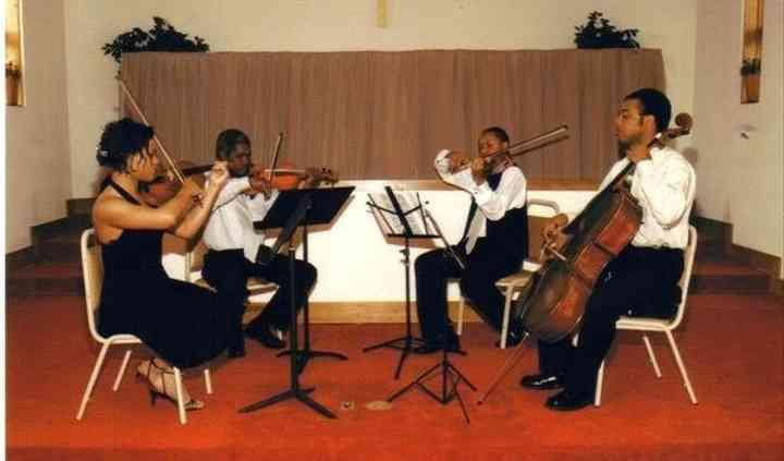 Aida Strings