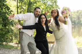 The Last Minute Wedding Officiant