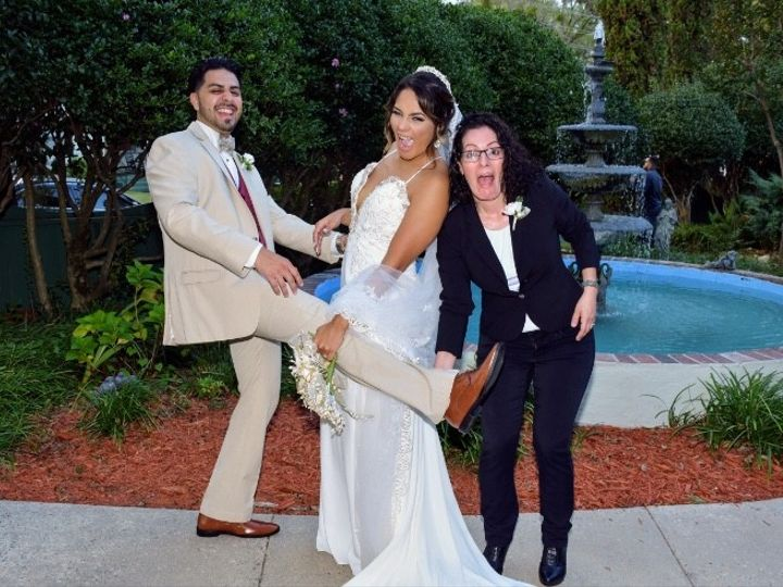 Tmx Img 5989 51 671316 1564372861 Raleigh, North Carolina wedding officiant