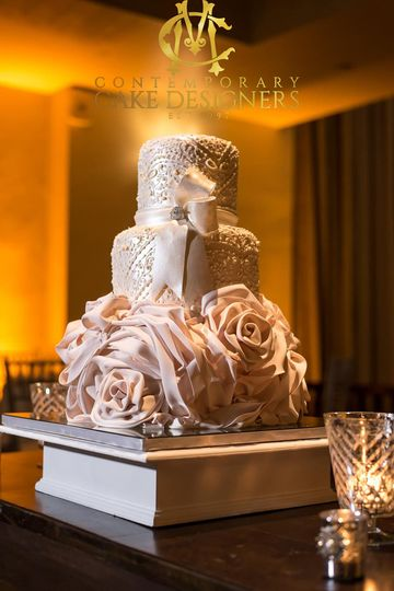 c m contemporary master cake designers wedding cake