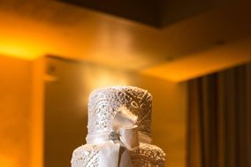 C+M Contemporary Master Cake Designers