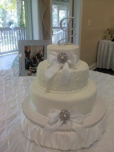 TheeCakeLadys Creations Photos Wedding Cake Pictures South Carolina