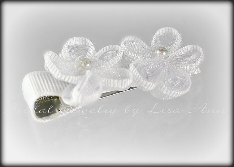 A little touch of beauty for your little adorable flower girl!