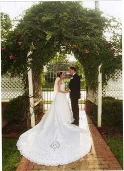800x800 1223492215676 i love inns trellis wedding