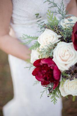 Tmx 1519773235 0107be501c19c712 1519773235 B6f27847dcd7a9ad 1519773232861 14 0H8A0267 Whitefish Bay, WI wedding florist