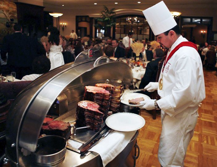 Lawry's chef