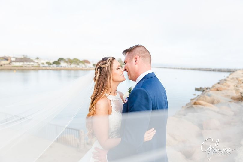 long veil dress gown calla blanche bridal dana point wedding photographer ocean institute 51 174416 158293399771666