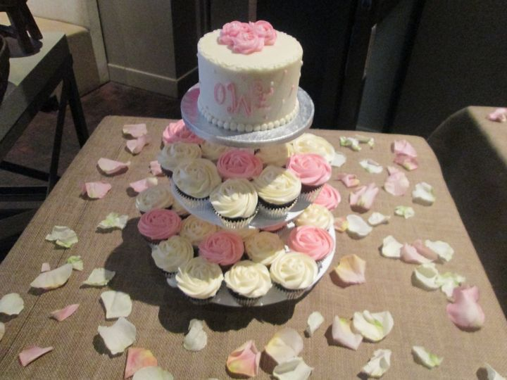 Tmx 1453216464224 Pink Bridal Topper With Cupcakes Concord, MA wedding cake