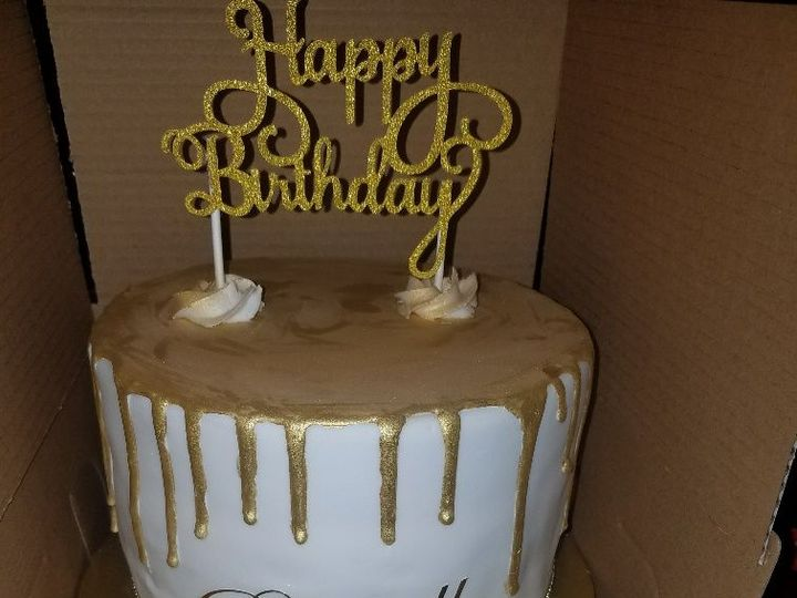 Tmx 1528817124 A01573d1a0604a2d 1528817123 D91cc59f91918eae 1528817123201 1 Golden Drip Rach Horsham wedding cake