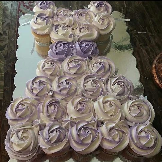 Cupcake Cake for Bridal Party