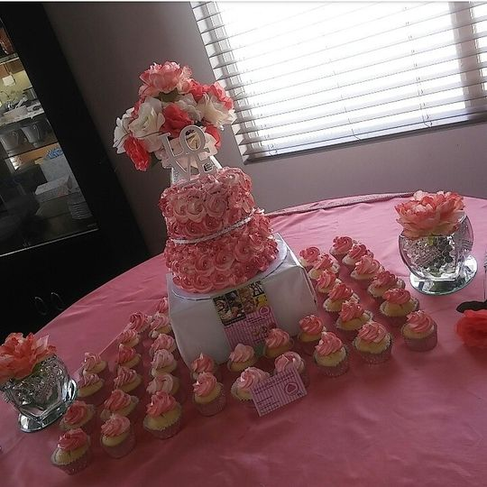 TWO tier CUSTOM cake with matching cupcakes for wedding!