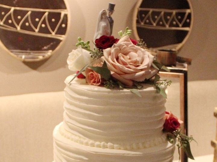 Tmx 3 Tiered Cake 51 121516 Burlington, MA wedding venue