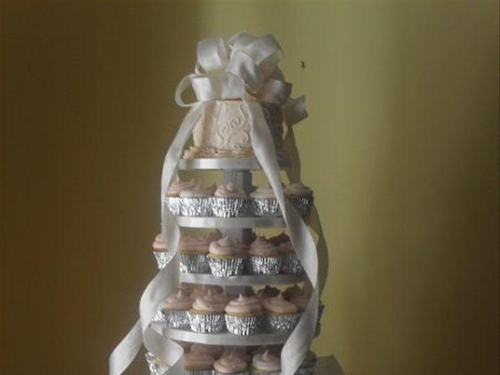 Tmx 1305777776901 SDC13199 Battleboro wedding cake