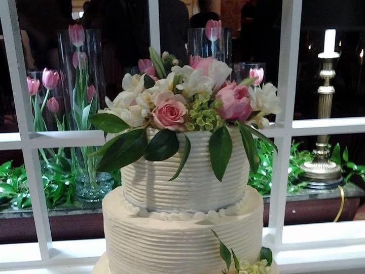 Tmx 1500319291813 104639738963542270454569031565709000199191n Battleboro wedding cake