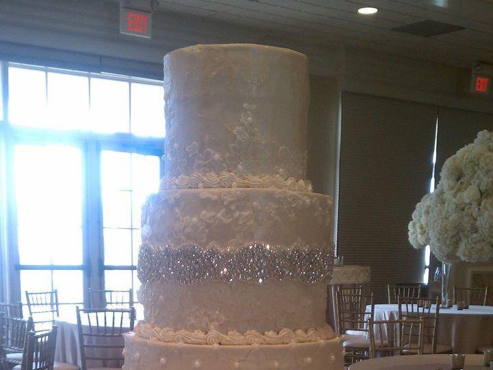 Tmx 1500319539198 Imag1100 Battleboro wedding cake