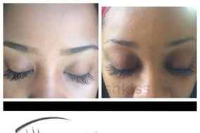LashKiss Eyelash Extensions