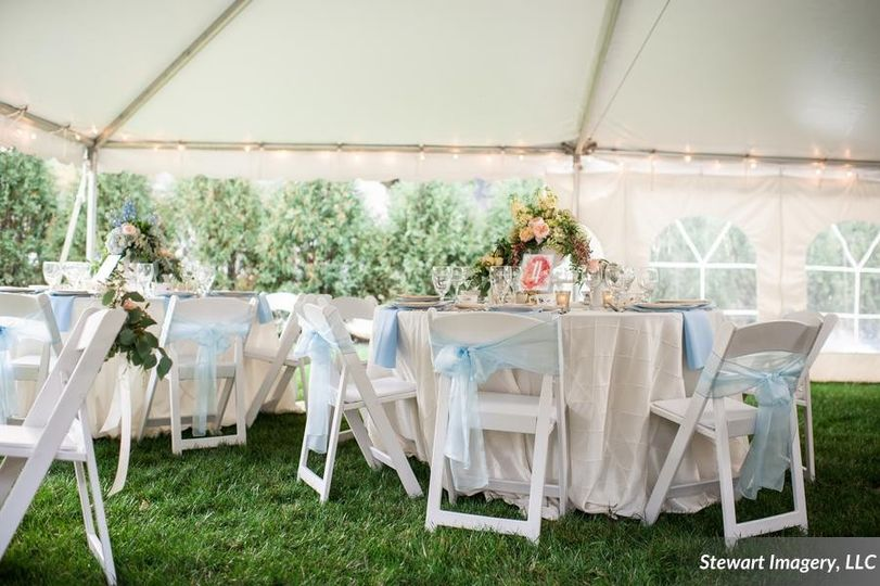 stewartimageryllcromanticspringgardenweddinginspir