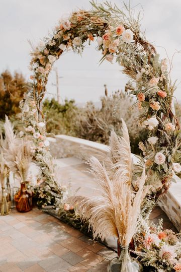 Breezy Day Florals Ceremony