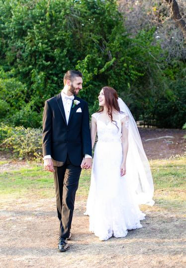 Just married couple photo shoot at Fullerton Arboretum