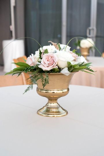 Short centerpiece
