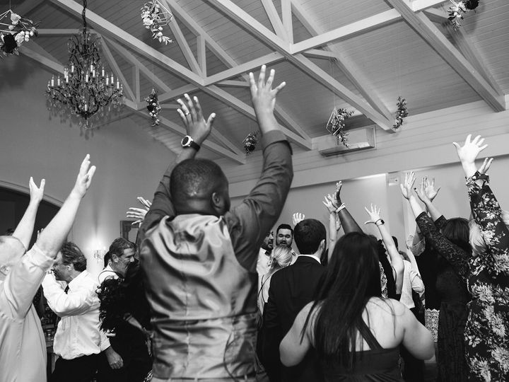 Tmx Rachel Jeff Photo Kristinmoorephoto Djrandyb01 Happilyeverafterraleigh Thomasblakefilms Wyldeflowers Greenhousepickersisters Merrimonwynne Stren08 4 51 28616 159827975563919 Raleigh wedding dj