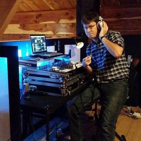DJ Dave at The Cedar Post Barn in Albany, La.