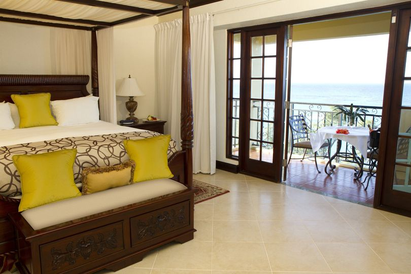 Honeymoon haven one bedroom suite