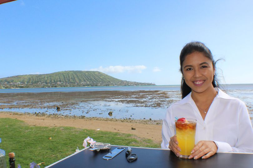 This could be you enjoying our bar service in paradise. Book us now for your next event!