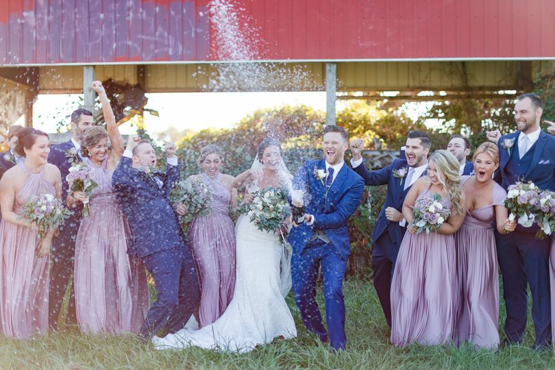800x800 1483545328222 chris and erin married bridal party 0041 2